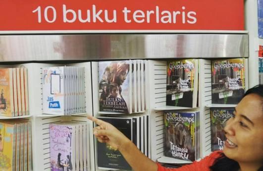 Jas Putih 10 Buku Terlaris